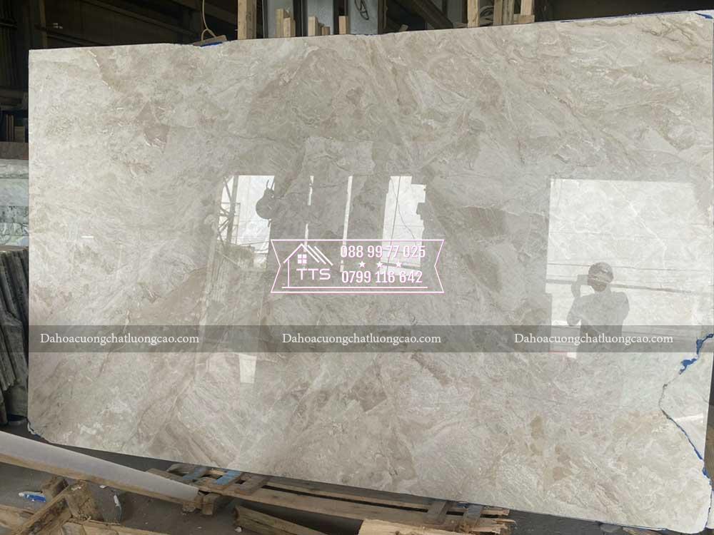 đá marble kem hoàng gia trong kho